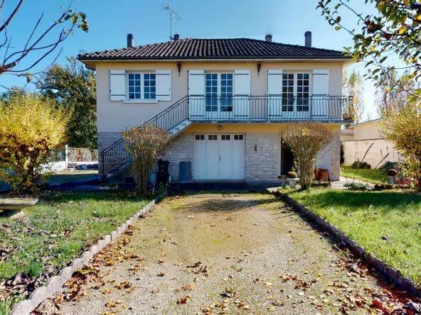 Les-3-Terres-En-Périgord-UrbanHouse360