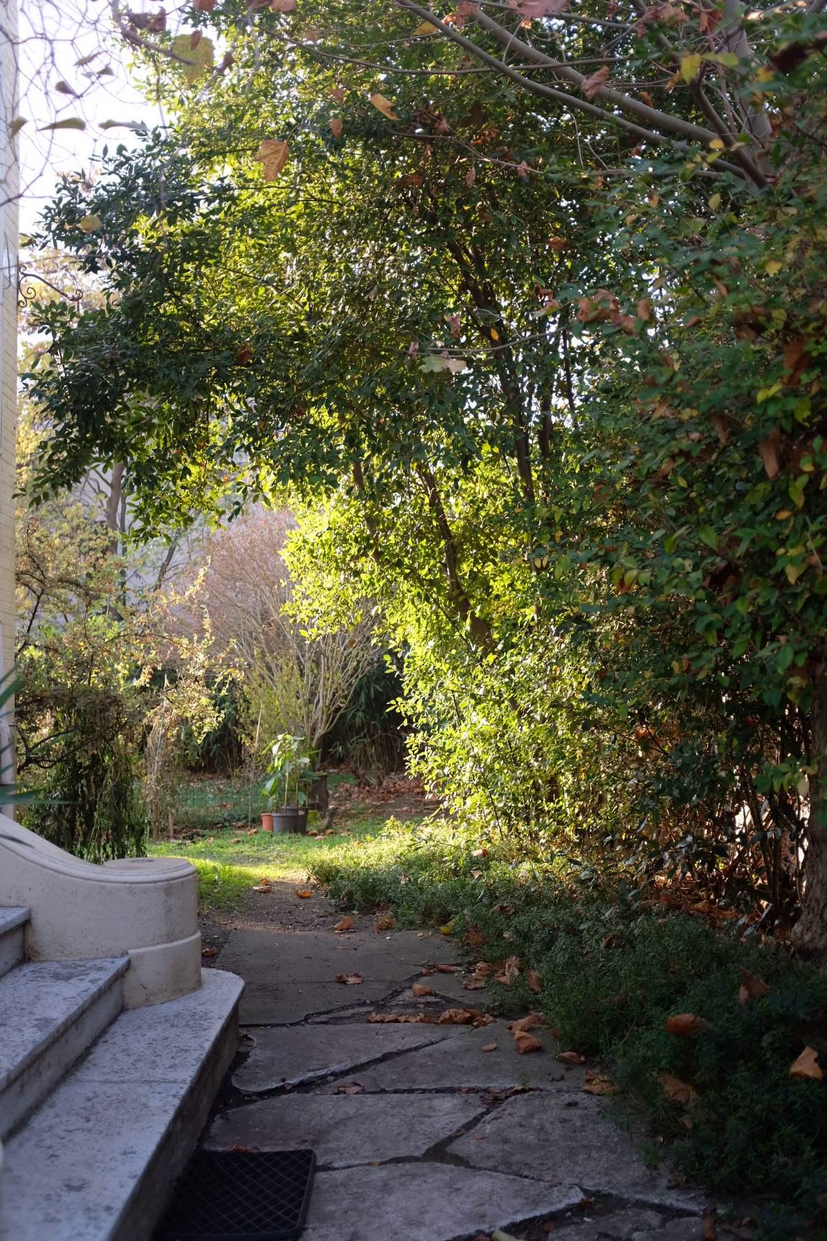 Urbanhouse360-La-Seine-Auberge-Rueilloise