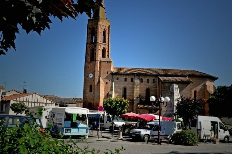 Marché-plein-vent-Eglise-Aussonne-Urbanhouse360